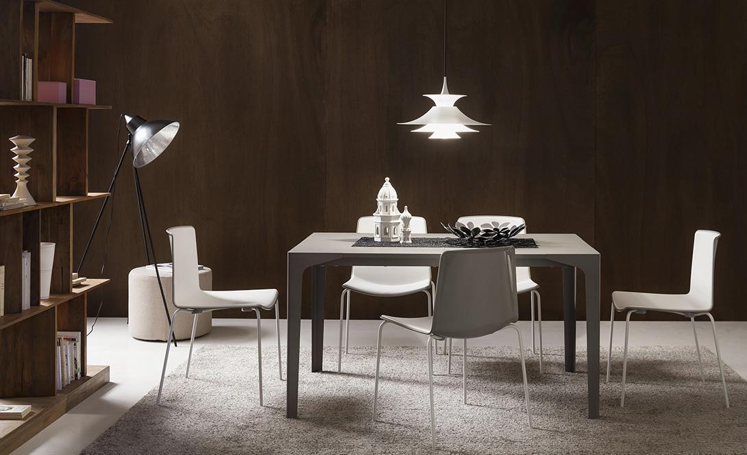 Tavoli e sedie luciano centomo arredamenti verona for Arredamenti verona
